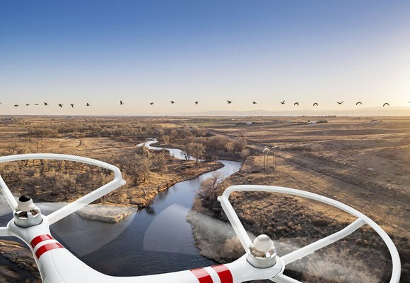 Drone med kamera luftfoto
